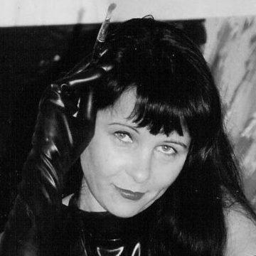 Damals Katrin Klug Portrait